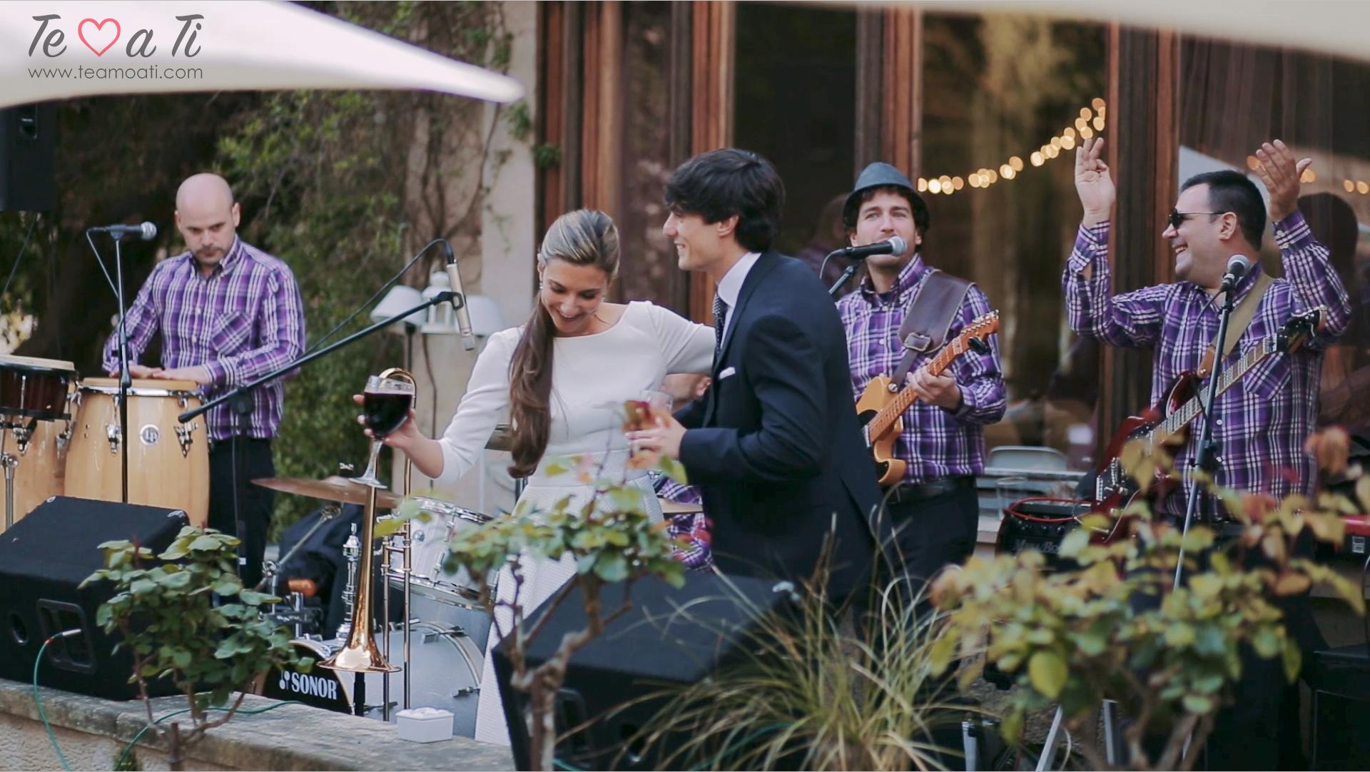 boda original y divertida en Santander